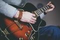 【婚姻见证】那个弹吉他而且爱我到底的弟兄